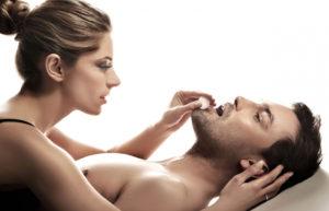 Как добиться оргазма у мужчин без секса