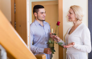 секс с пожилой соседкой рассказы
